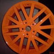 Покраска автомобильных колесных дисков фото