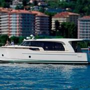 Моторная яхта Greenline 40 фото