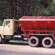 Машина для внесения песчано-солевых смесей МВП-8А (автомобильная) фото