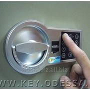 Перекодировка сейфов (механических, электронных) фото
