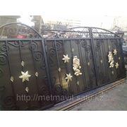 Ворота ажурные с элементами ковки фото