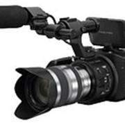 Цифровая HD видеокамера Sony-NEX-FS100PK для цифрового кинопроизводства фото