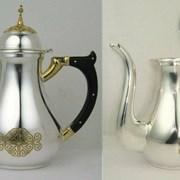 Чайник для теплоты из ювелирного сплава в серебрении с фрагментарной позолотой 2.7.1428лф фото