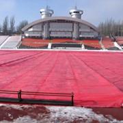 Защитное оборудование для спортивных полей, газонов, стадионов фото