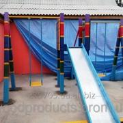 Игровой комплекс с песочницей и двумя качелями фото