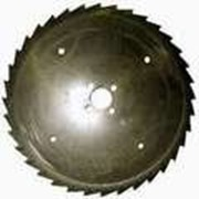 Пила дисковая сегментная оснащенная пластинами из твердого сплава. фото