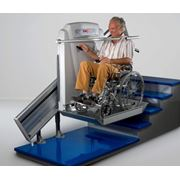 Лифты лестничные. Подъемники для инвалидов. Наклонная платформа для криволинейных лестниц Supra от ThyssenKrupp Elevator фото