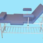 Стационарный массажный стол универсальный фото