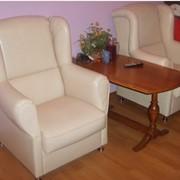 Кресла кожаные фото