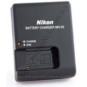 Зарядное устройство Nikon MH-25 для аккумуляторов Nikon En-El15 (Nikon D7000, D800) фото