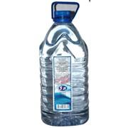 Вода негазированная слабоменарализованная гидрокарбонатная магниево кальциевая «Серебряный ключ» 5 л. фото