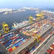 Перевалка и ответственное хранение различных грузов (морской порт) фото