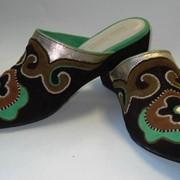 Пошив национальной обуви фото