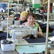 Швейная фабрика примет заказы на пошив одежды фото