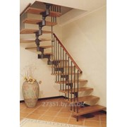 Изготовление лестниц на второй этаж для дома на заказ фото