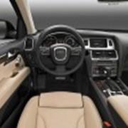 Аренда автомобиля Audi Q7 фото