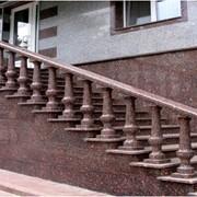 Лестницы из гранита под заказ фото