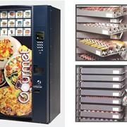 Автомат по продаже горячих блюд Gourmet. фото