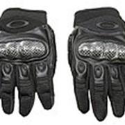 Перчатки Oakley со вставкой карбон, черные фото