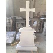 Памятники с белого мрамора фото