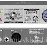 Микрофонный предусилитель BEHRINGER MIC800 фото