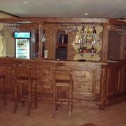 Деревянная барная стойка фото