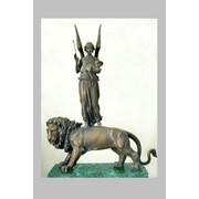 Скульптура бронзовая фото