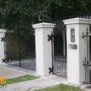 Ограждения территории, заборы, калитки и ворота фото