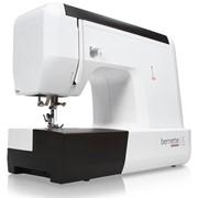 Швейная машина Bernette 15 фото
