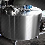 Охладитель молока закрытого типа вертикальный 2000 литров фото