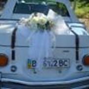 Оформлений помещений и авто живыми цветами фото