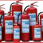 Огнетушители (порошковые и углекислотные) фото