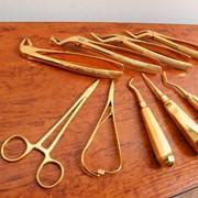 Декоративное покрытие золотом инструментов фото