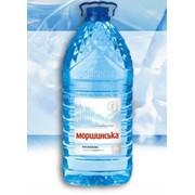 Питьевая вода в ПЭТ таре фото