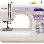 Компьютеризированная швейная машина фото
