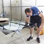 Установка автомобильного стекла фото