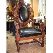 Антикварный стул фото