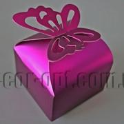 Бонбоньерка перламутровая с бабочкой фиолетовая 6х6х8см 570791 фото