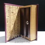 Книга сейф в деревянной обложке Личный валютный запас фото