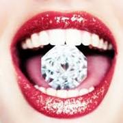 Скайсы, страз на зуб, вставить бриллиант в зуб фото