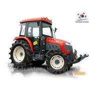 Пропашной сельскохозяйственный трактор KIOTI DK551C фото