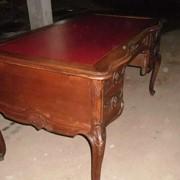 Письменный стол Людовик-15.19-й век фото