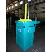 Пресс пакетировочный модель БА3118-03 МИДИ вертикальный гидравлический.Усилие прессования 8тн.Производительность 0,4-0,6 тн/час фото