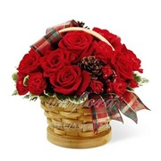 Цветочная корзинка Новогодние розы фото