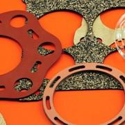 Высокоточная плоттерная резка листовых материалов различной плотности и толщины до 6 мм. Рабочая область резки - 1000 x 1500 мм. фото