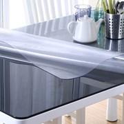 Прозрачная термостойкая скатерть плёнка на стол фото