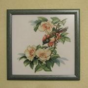 Картина птичка в цветах. Товары для дома фото