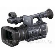 SONY-HDR-AX2000E фото