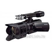 Профессиональная камера Sony NEX-VG30EH фото
