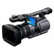 Профессиональная камера Sony DCR-VX2200 фото